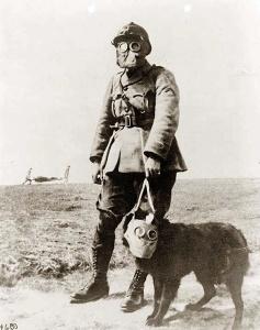 La Primera Guerra Mundial fue la última guerra del XIX y la primera del XX, mezclando usos y tecnologías de ambas épocas.